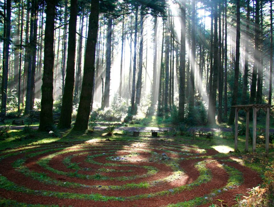 2_walking labyrinth