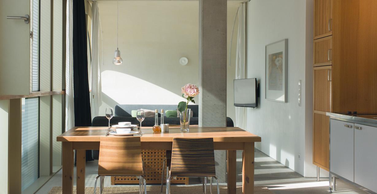 miniloft berlin mitte mieten ideal f r eine st dtereise. Black Bedroom Furniture Sets. Home Design Ideas