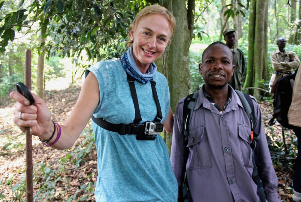 Dawn Jorgensen, Uganda, Gorilla Trekking, With my porter Galdi Kopie
