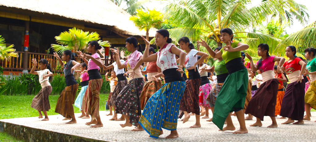 Dajuma - Learning Balinese Dances