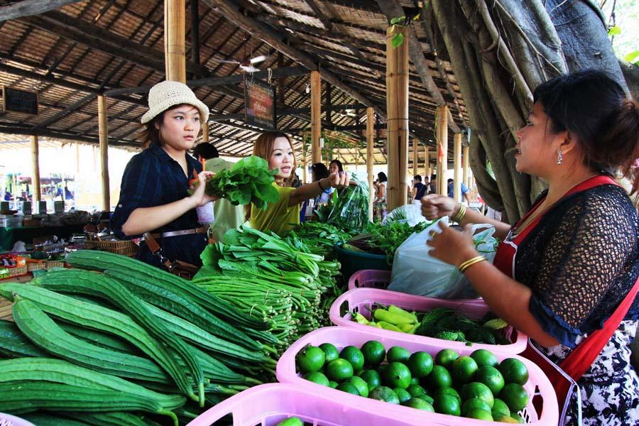 Sookjai-Farmers-Market-11