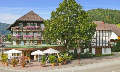 Außenansicht des Hotel Lamm in Mitteltal