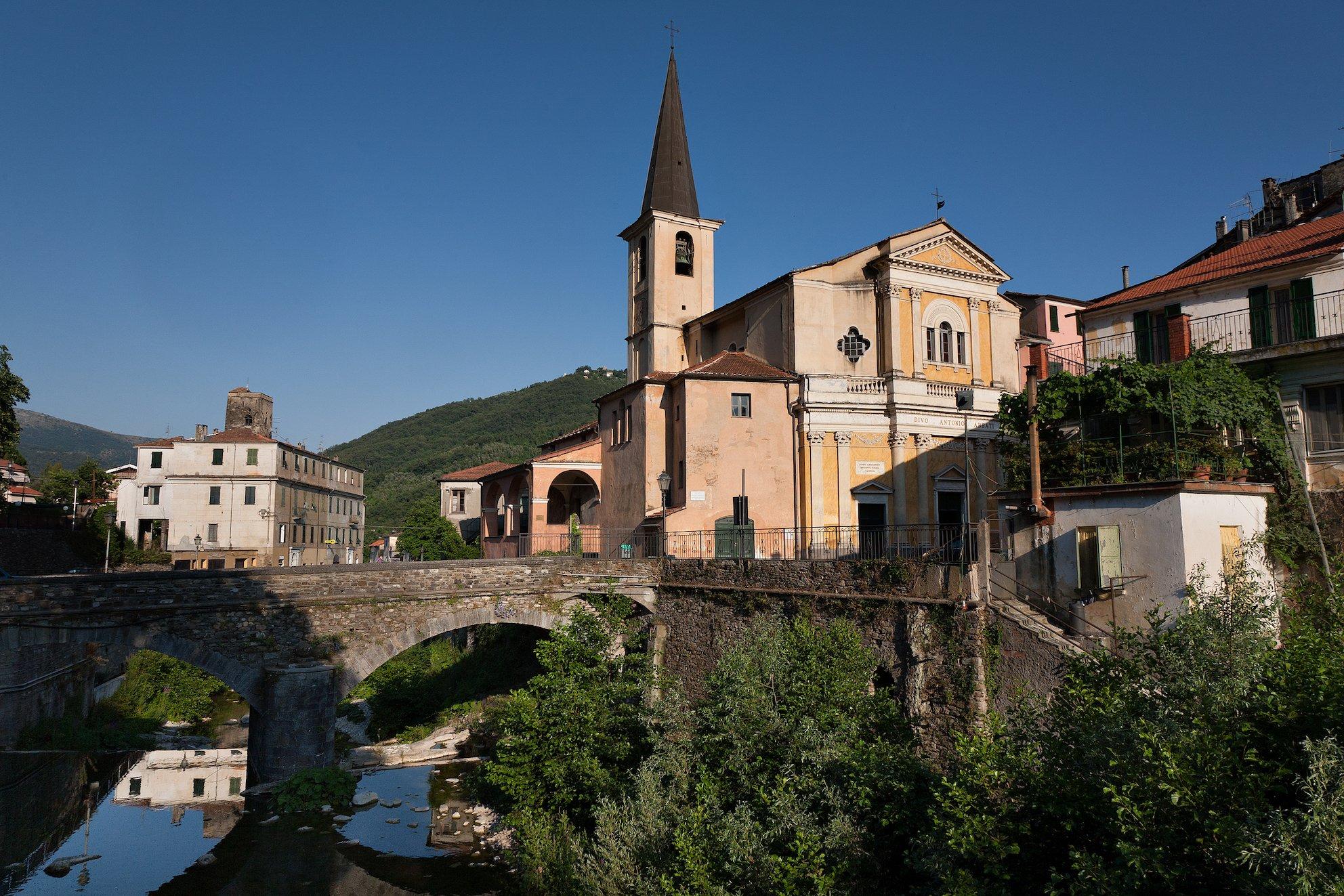 View Borgomaro, Liguria