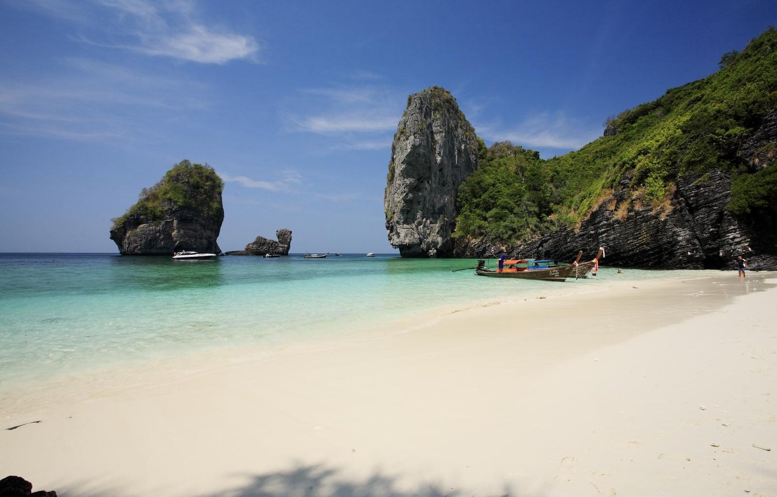 The beautiful beach on Koh Phi Phi