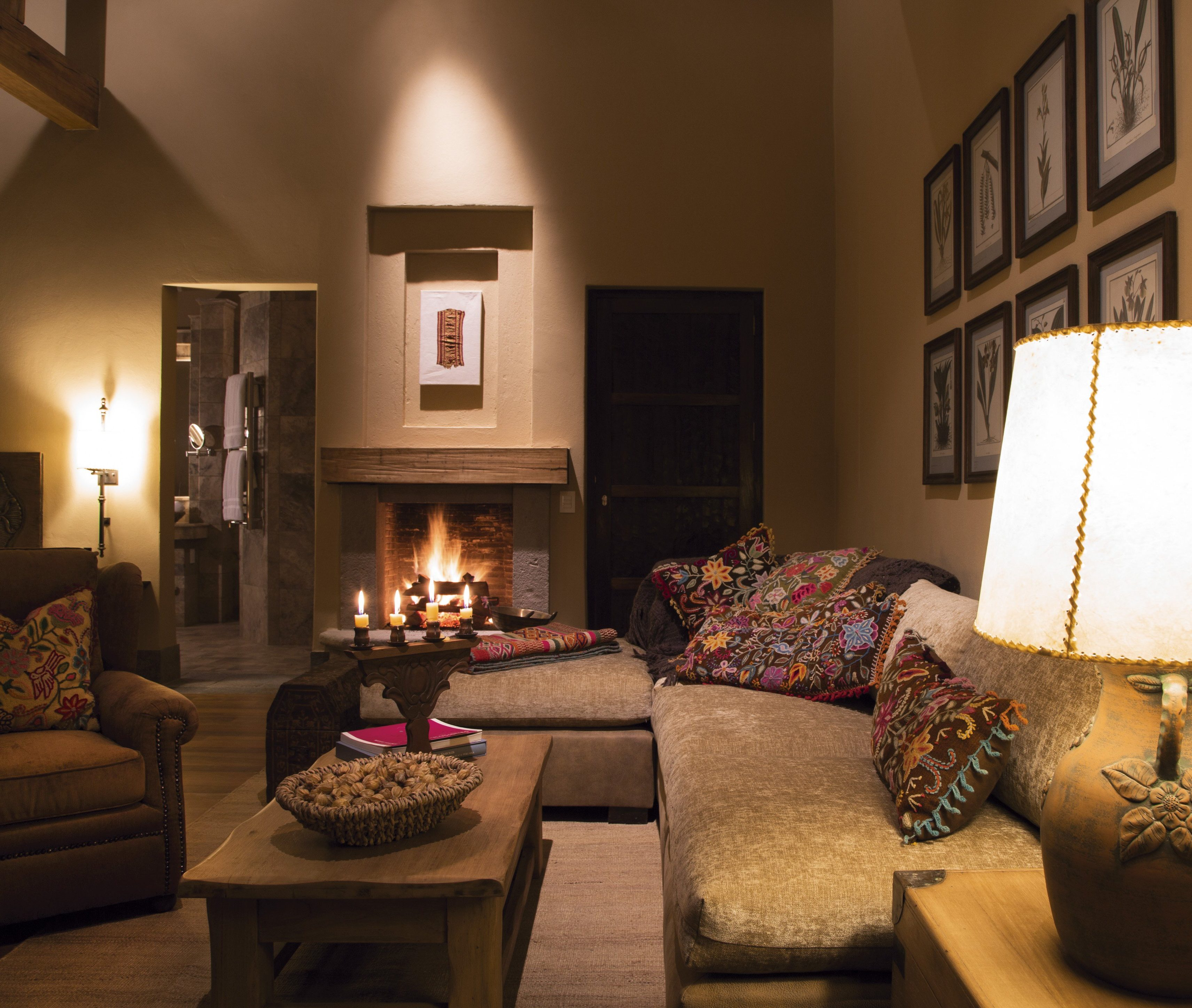 Inkaterra Hacienda Urubamba – Living Room