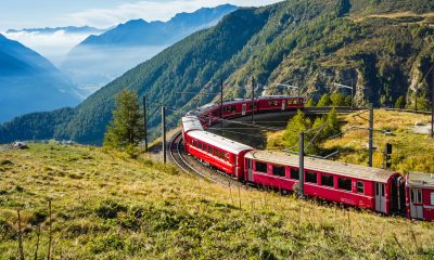 Train crossing the Alps. © Adobe Stock / djama