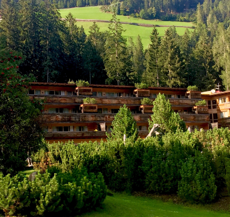 Botanic Architecture: Building blending with surrounding nature. © Arosea Life Balance Hotel